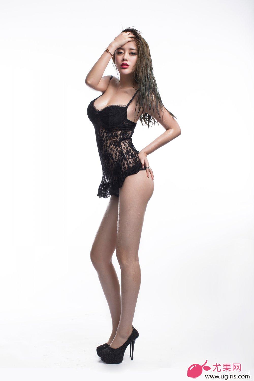 [Ugirls尤果网]2014-06-07 E018 美腿车模 王轶玲 美女写真 热图4