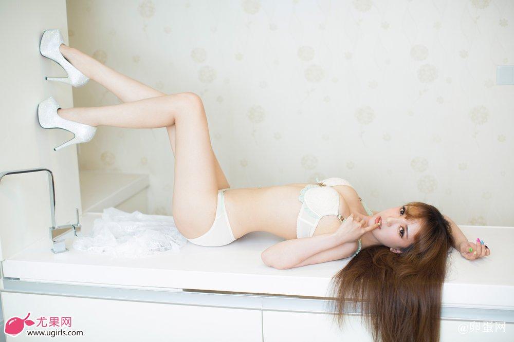 [Ugirls尤果网]2014-07-08 E023 清纯可人 小潘鼠 节操写真馆 热图9