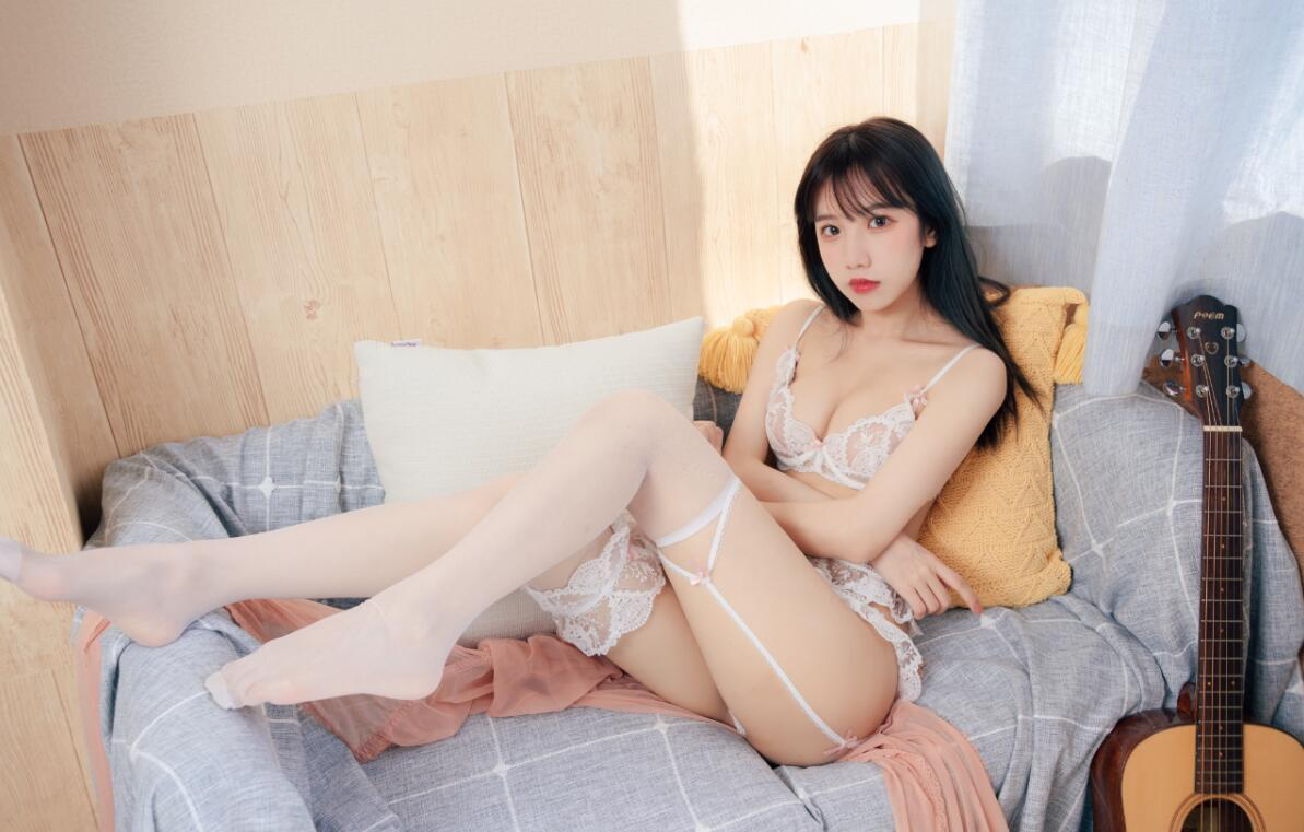 果咩酱w NO.008 - 初恋女友[40P/755MB] (1)