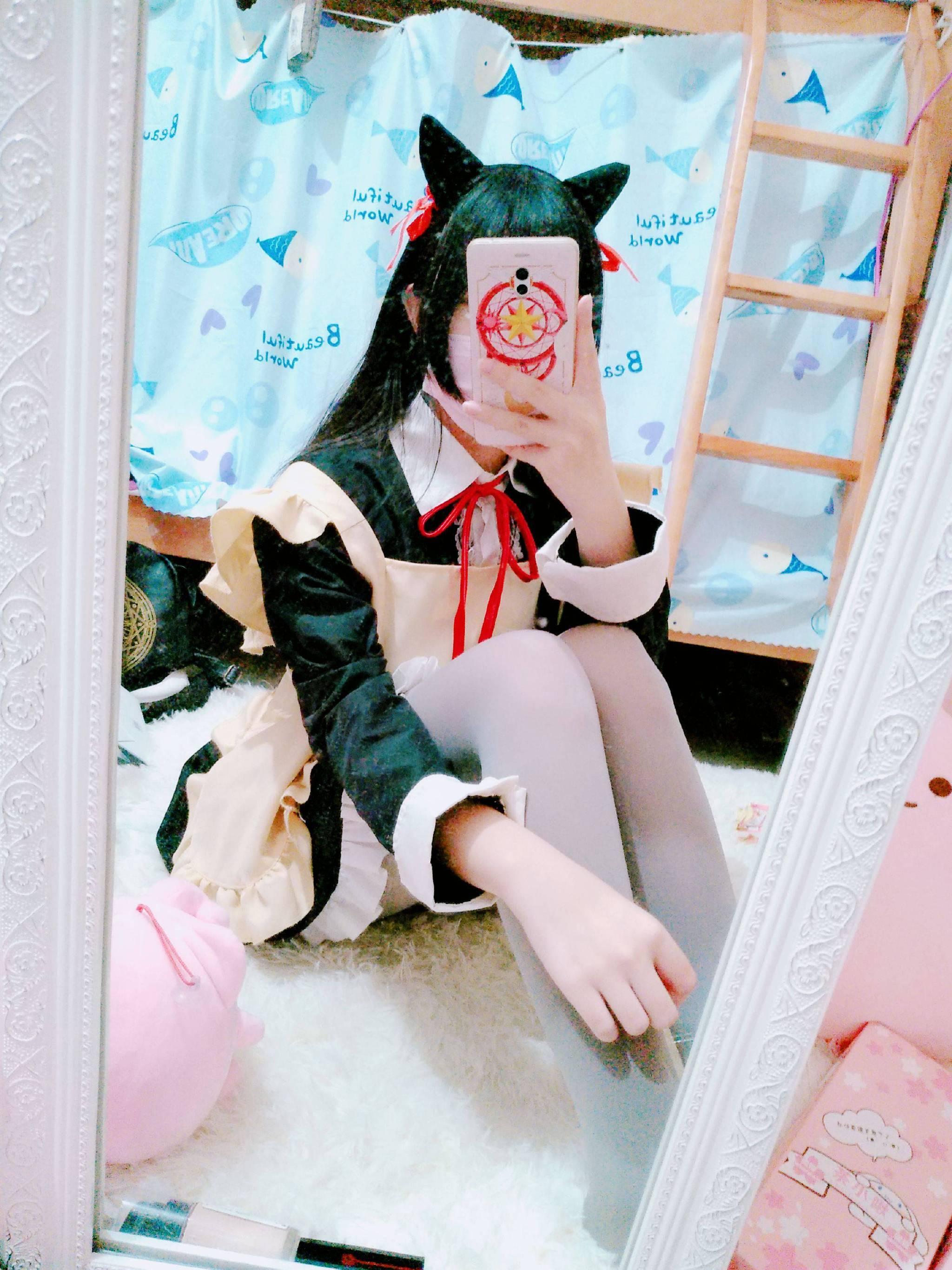 【福利姬】@00后福利姬吃货少女希希酱合集(142P)