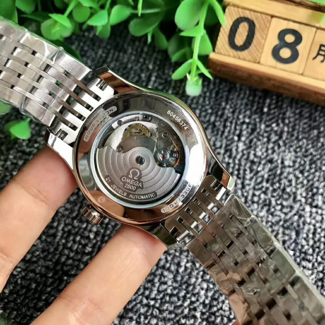 精仿欧米茄碟飞系列男表  复刻版431.30.41.21.02.001手表图片