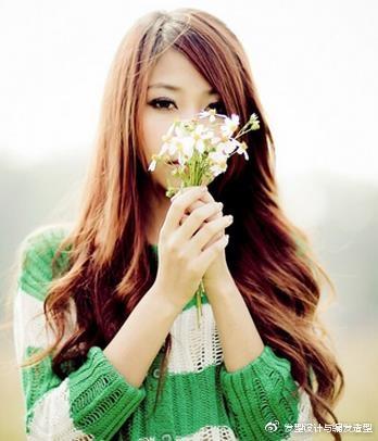 9款适合颧骨高女生的发型 浪漫卷发塑造完美脸型 时尚潮流 第5张
