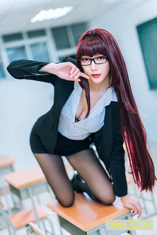 【COSPLAY】眼镜黑丝制服美女写真FGO / 斯卡哈教师ver.