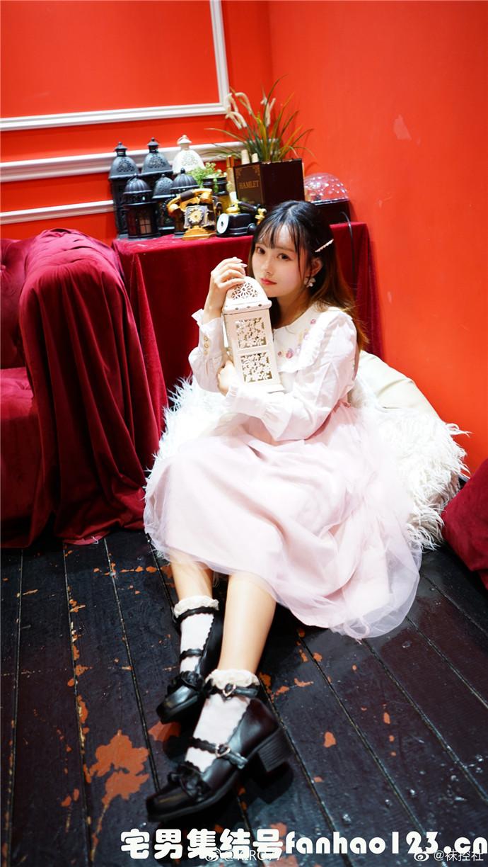 【美女图片】丝袜、大长腿、coser、萝莉、萌妹与欧派写真第十八期