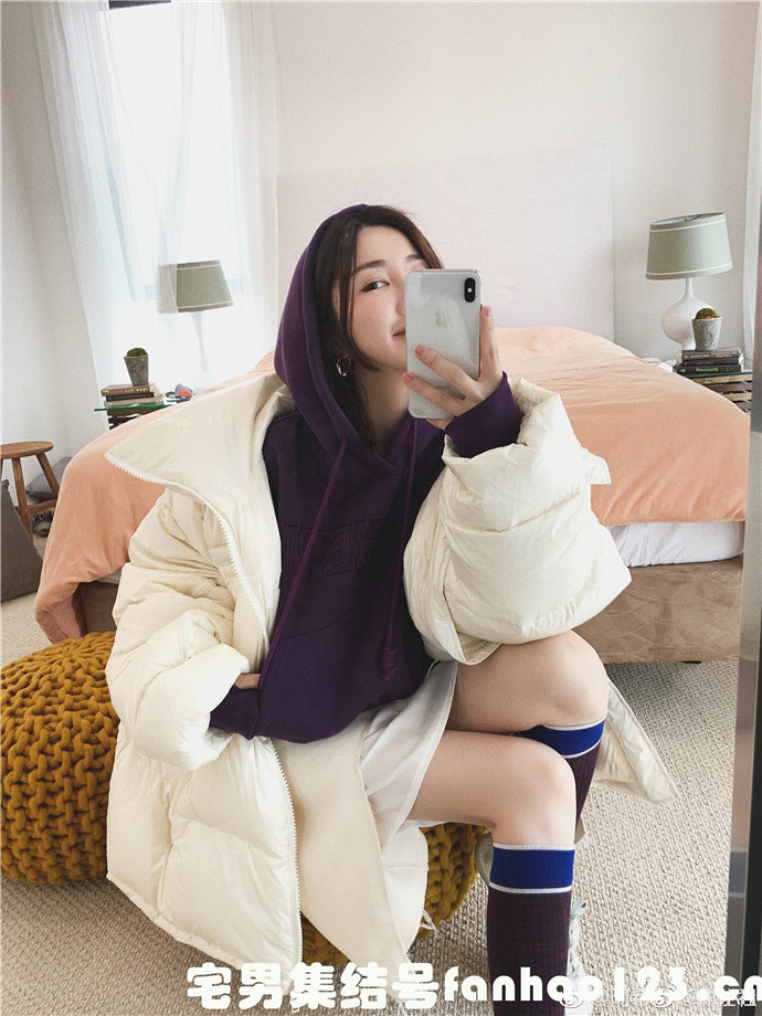 【美女图片】丝袜、大长腿、coser、萝莉、萌妹与欧派写真第十九期