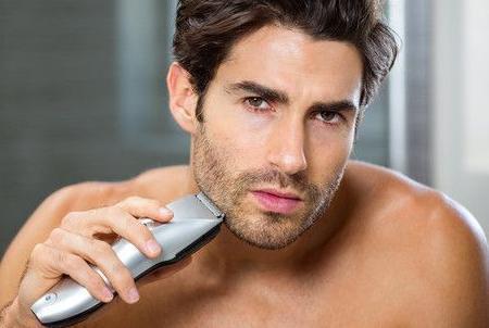 春天来了,宅男们该刮刮胡子出来约会啦