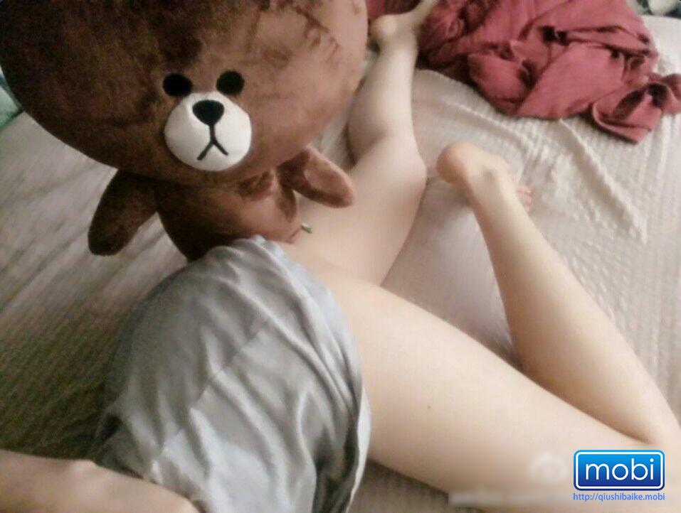 每当我寂寞的时候小熊都会来安慰我