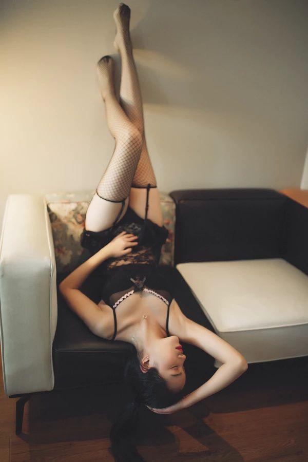 每日分享高清性感美女图片