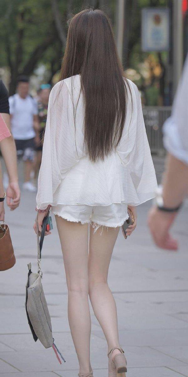 极品自拍,极品小姐姐图,长腿菇凉,大长腿图片 热门段子 热图1