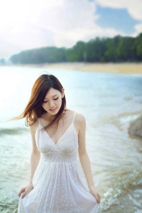 清纯妹子在海边