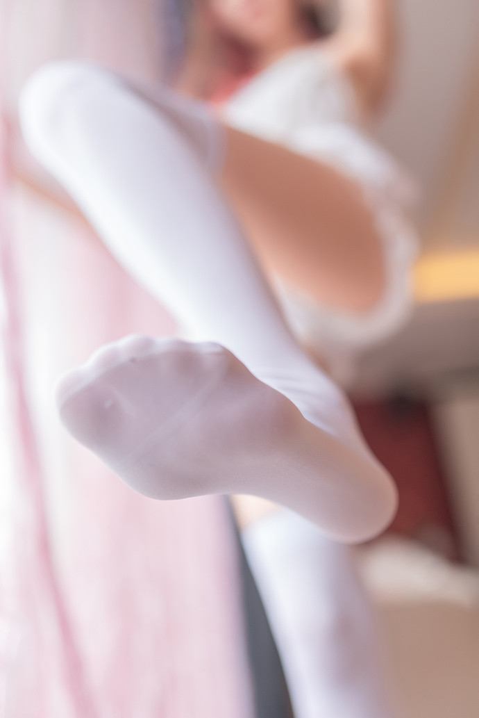 白丝足控的最爱奥 清纯丝袜