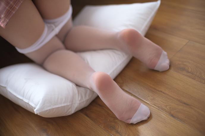 旗袍白丝小妹妹白玉无瑕 清纯丝袜
