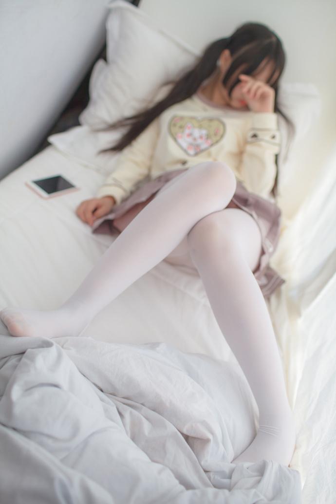 可爱萌萌哒的小萝莉 清纯丝袜