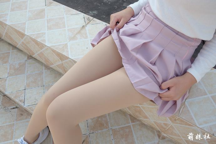 原来裙底风光是这样的 清纯丝袜