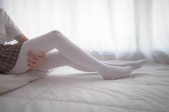 肉肉的白丝姐姐 清纯丝袜