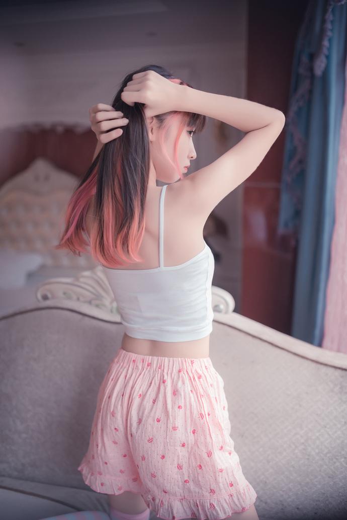 粉白条纹的女友 中日妹子