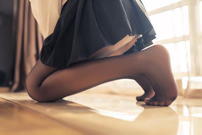 黑丝长腿水手妹妹超可爱 清纯丝袜