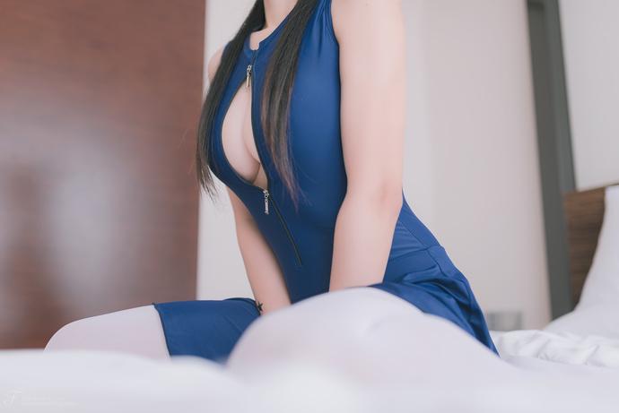 风之领域白丝豪乳蓝裙姐姐 清纯丝袜
