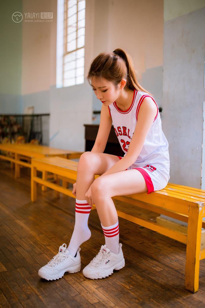 雅拉伊-清纯校花还爱打篮球 中日妹子
