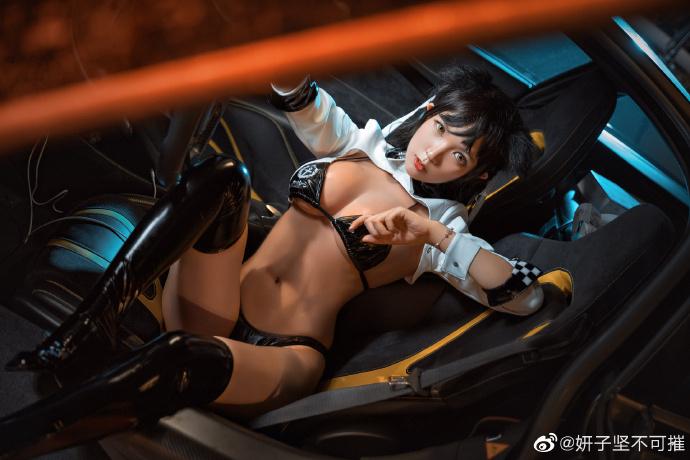 【cos正片】《碧蓝航线》爱宕赛车娘 cosplay欣赏 cosplay-第3张