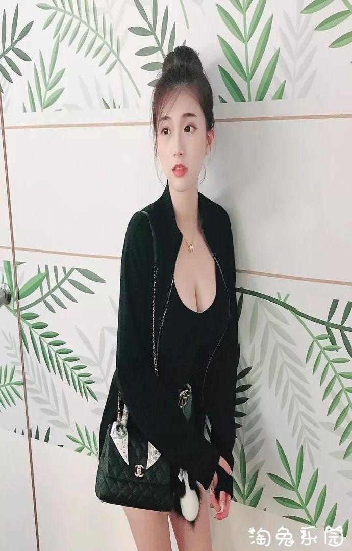 台湾网红奶妈谢薇安Vivian你这大灯怎么这么好看