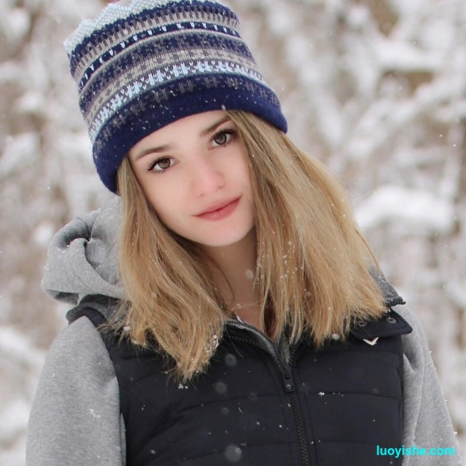 14岁网球美女颜值超高,长相酷似艾玛·沃特森走红网络