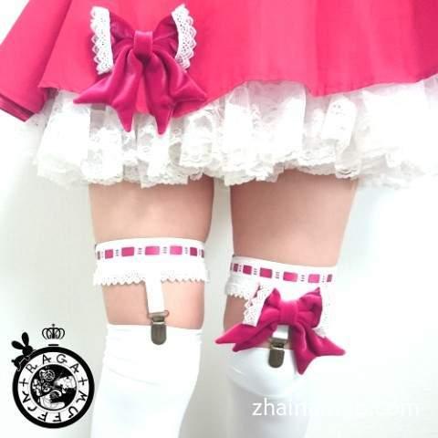 美少女绝对领域吊带袜配上蕾丝蝴蝶结可以更可爱哦~-宅男说