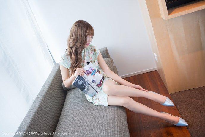 【XIUREN秀人网】超薄肉丝袜极品旗袍妹子