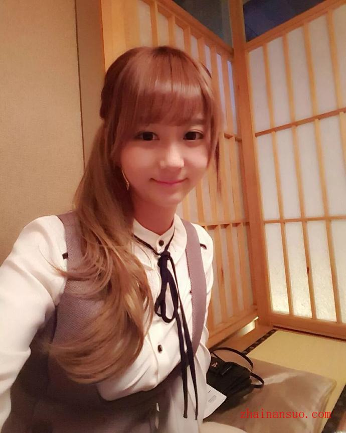 世雅(徐恩智)- 韩国邻家萌妹女主播私房照-宅男说