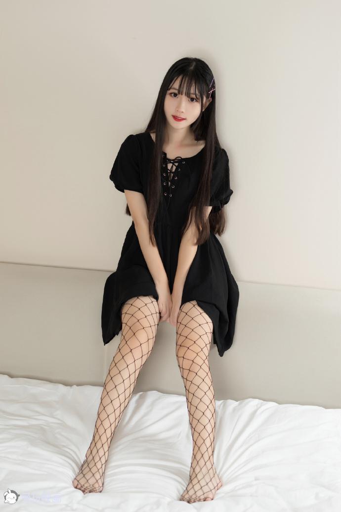 黑色网袜(40P) 兔玩映画