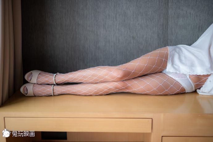 衬衫白网(40P) 兔玩映画
