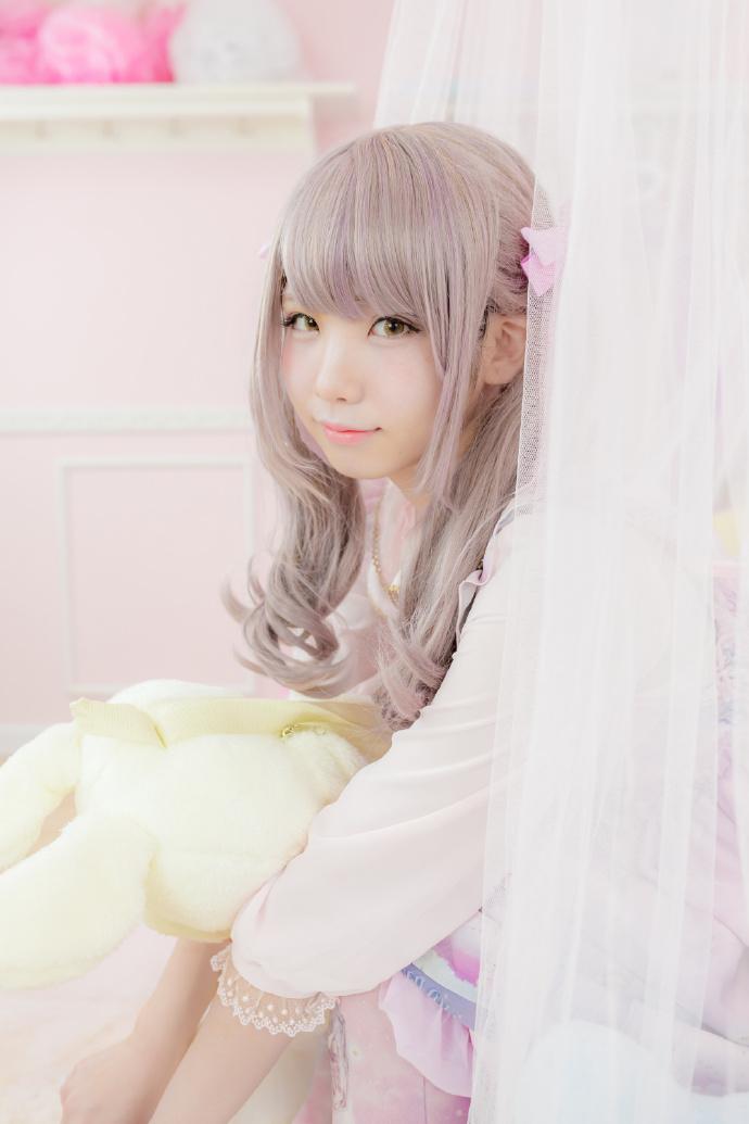 [萝莉乖乖让我爱]粉粉的写真[50p]