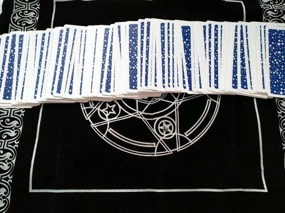 塔罗卡牌「命运之轮」在占卜爱情方面的解释