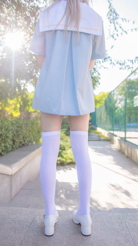 阳光午后白腿妹妹搭配白丝可爱 清纯丝袜