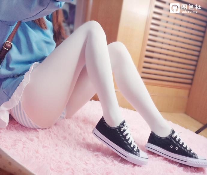 液液酱白丝小学生萌萌哒 中日妹子