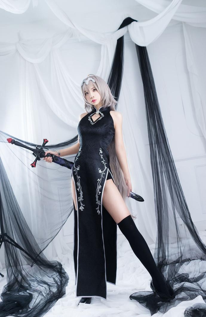 黑丝旗袍的萝莉你见过吗 少女二次元