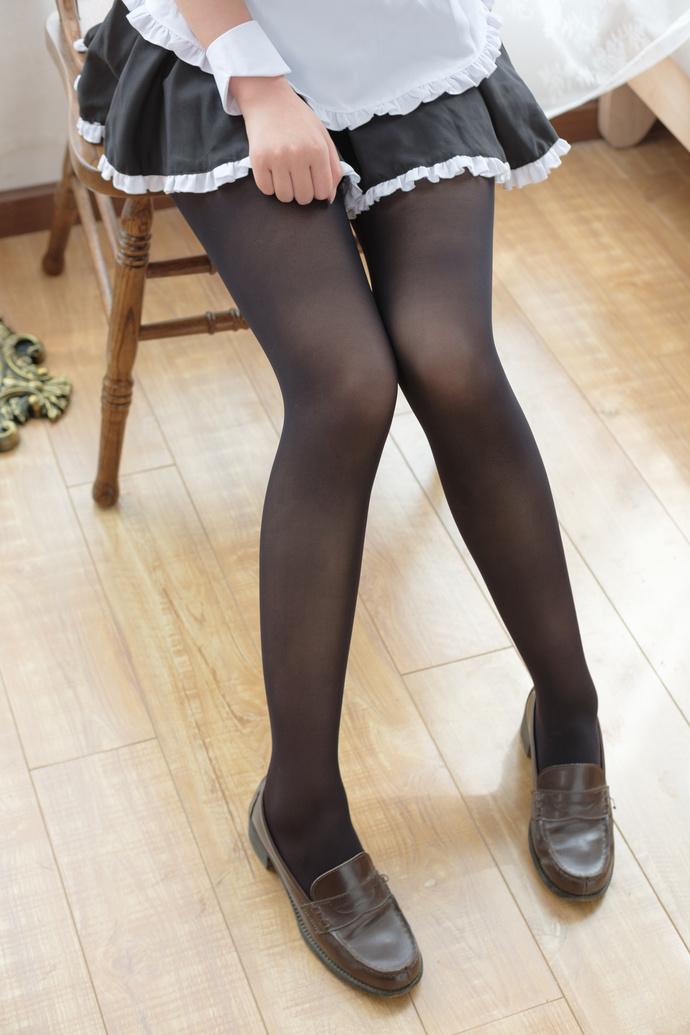 足控小女仆的黑丝私房 清纯丝袜