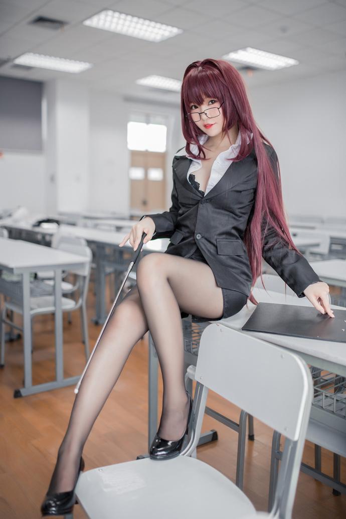 Yoko 宅夏黑丝斯卡哈老师来了 少女二次元
