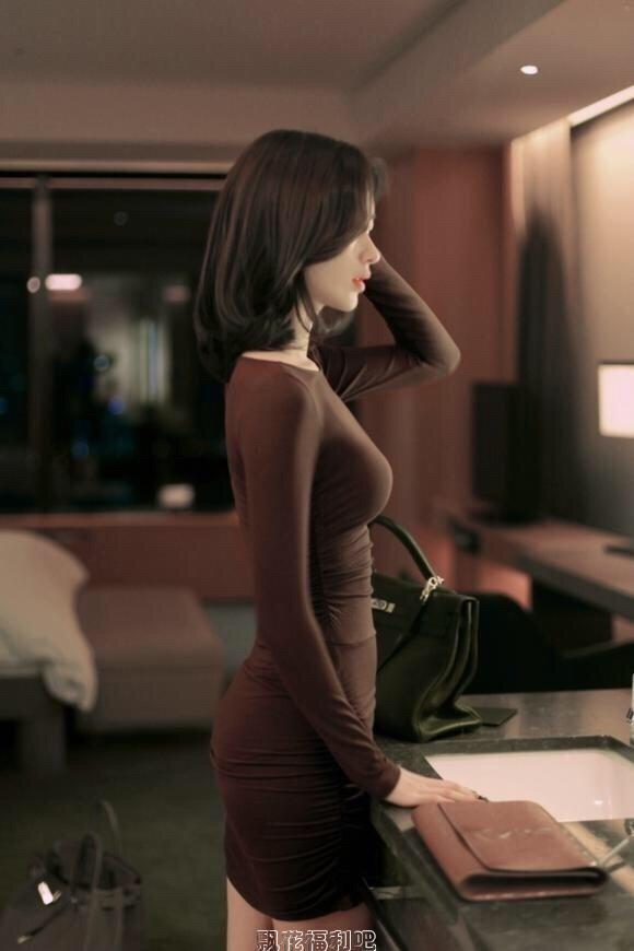 韩国高颜值美女尹善英这身材绝了