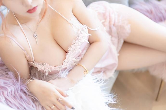 【过期米线线喵】星月公主,白色吊带图片欣赏! 次元美图
