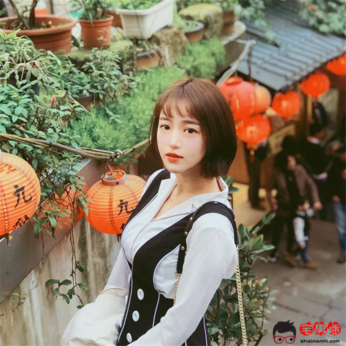 【Ins小姐姐】台湾艺术大学校花丨王绪绪