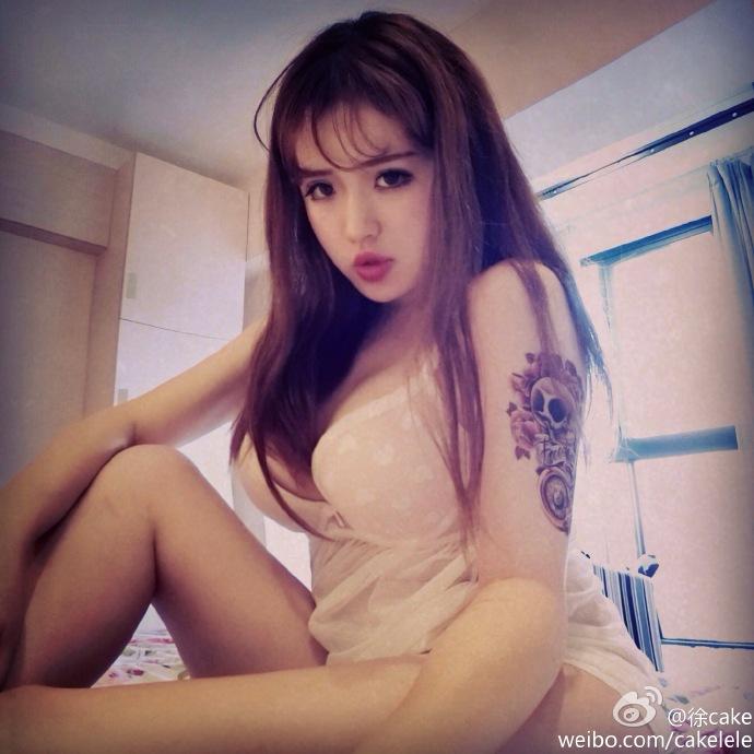 极品女神居家性感身姿高跟鞋丝袜诱惑 @徐cake 微博热搜 图5