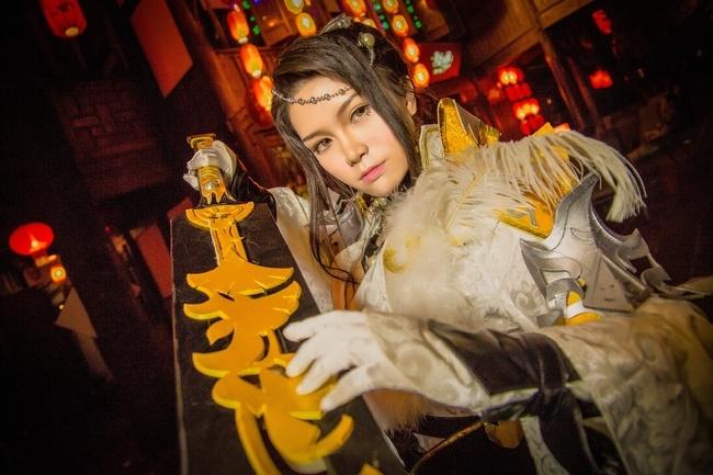 【cos正片】剑网3——藏剑·破虏二小姐 cn:寒殇 cosplay-第9张