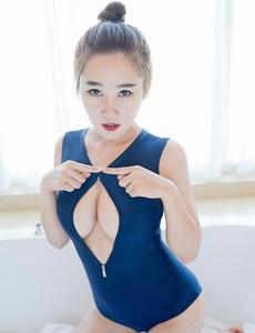 美女捝光光衣服图片大全 日本15女生棵身照片大全