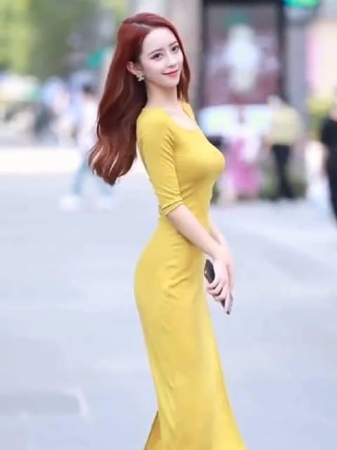 长裙才能检验身材吧