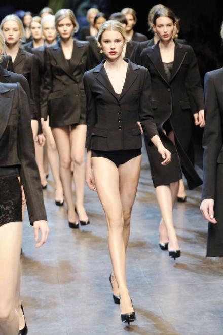 杜嘉班纳女模特