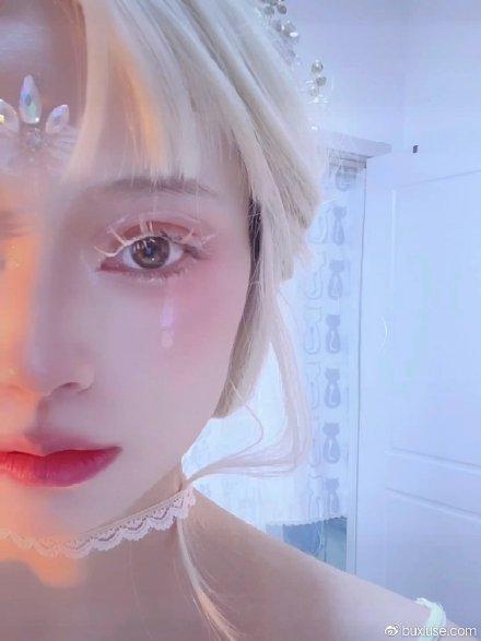 《流泪的奥菲利亚!》