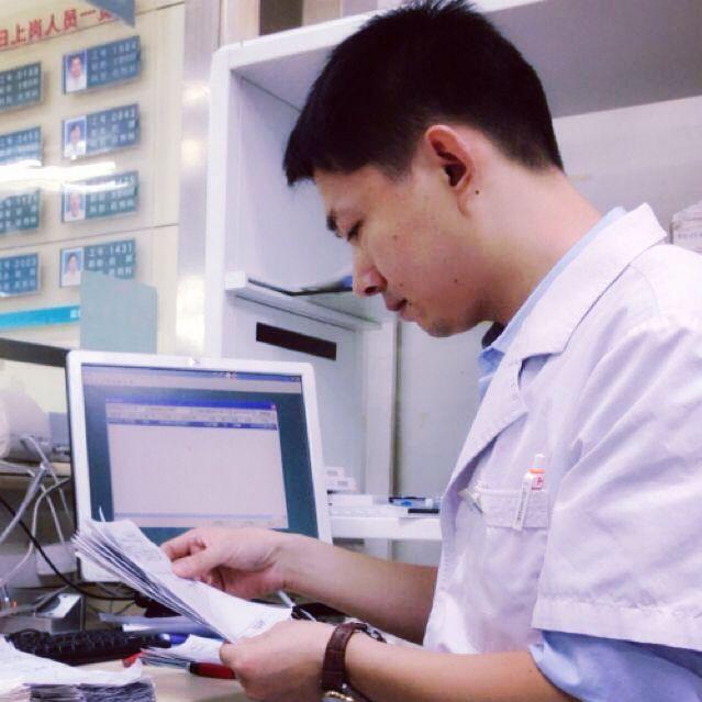 执业药师,药剂学研究生,微博2019健康医疗最受欢迎医生(药师)合作+v:xiongxiaoying2019