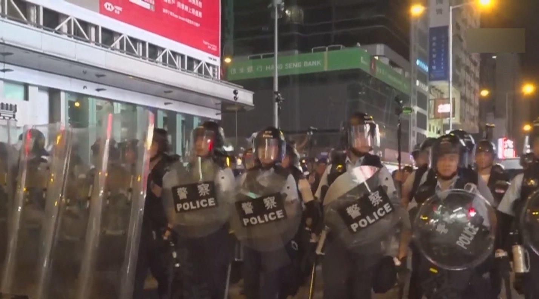 """港警谈周日""""民阵""""游行:一旦发生暴力事件即刻终止游行"""