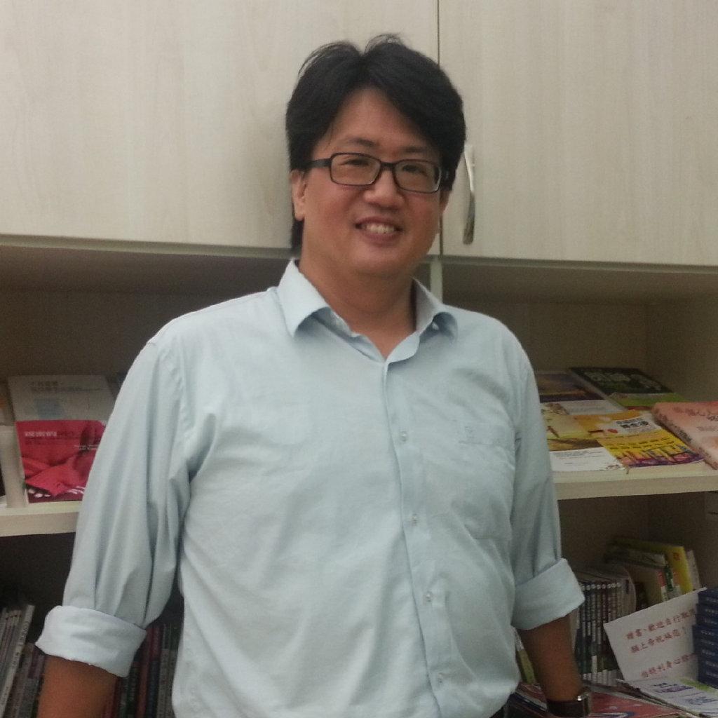 简单心理认证咨询师、台湾咨商心理师、国家二级心理咨询师,在简单心理平台进行心理咨询的个人执业